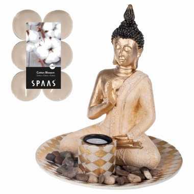 Boeddha beeld voor binnen 25 cm met 12x geurkaarsen cotton blossom
