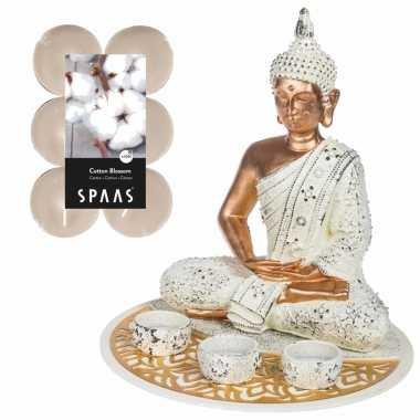 Boeddha beeld voor binnen 29 cm met 12x geurkaarsen cotton blossom