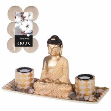 Boeddha beeld voor binnen 31 cm met 12x geurkaarsen cotton blossom