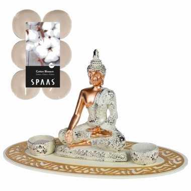 Boeddha beeld voor binnen 35 cm met 12x geurkaarsen cotton blossom