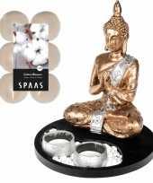 Boeddha beeld voor binnen 20 cm met 12x geurkaarsen cotton blossom
